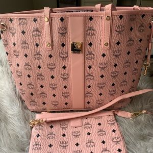 Pink mcm large tote ONLY TOTE